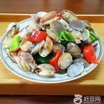 青红辣椒炒花蛤