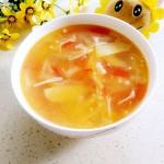 西红柿金针菇瘦肉汤
