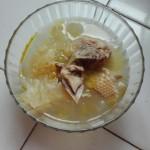 银耳老母鸡汤