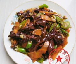 野生菌红蘑炒肉