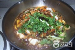 海鲜汁焖锅