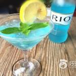 蓝色玛格丽特鸡尾酒