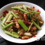 芹菜肉丝炒粉