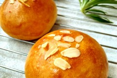 杏仁奶油奶酪小餐包