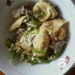 油豆腐炒肉
