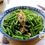 紫菜鸡蛋炒豇豆