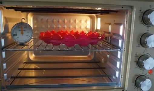 棒棒糖蛋糕的做法 棒棒糖蛋糕的家常做法 棒棒糖蛋糕怎么做
