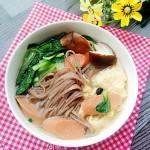 香菇小白菜熱湯面