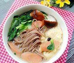 香菇小白菜热汤面