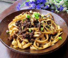 豆豉芽菜肉末酱拌面