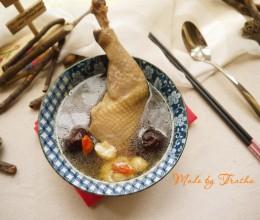燉蒜头鸡腿汤
