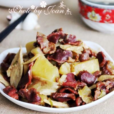 板筋鸡胗烧土豆