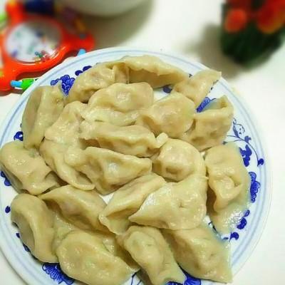 蒜黄肉饺子