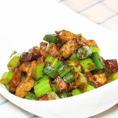酱爆豆干蔬菜粒