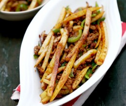 干煸肉末土豆条