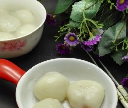 自制草莓汤圆