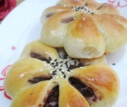 红豆沙菊花面包