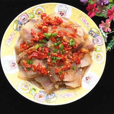 剁椒腐竹蒸腊肉