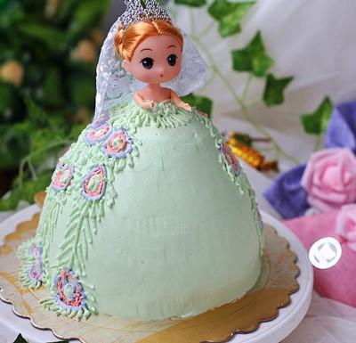 女生最爱的芭比蛋糕