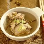 石斛燉雞湯