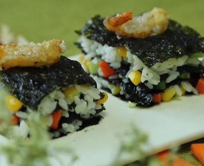 蝴蝶虾海苔饭塔