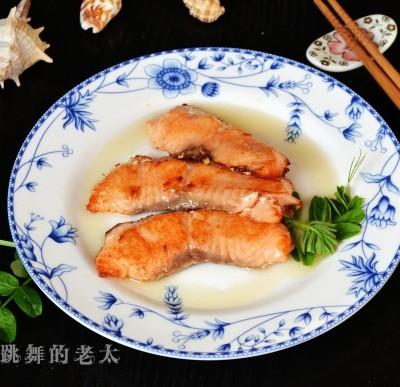 柠香蜜汁三文鱼