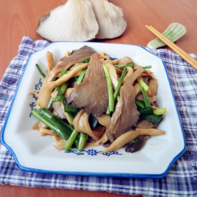 韭菜炒双菇