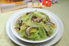 榨菜丝香菇炒牛心菜