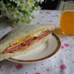 西红柿三明治