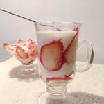 酸奶草莓大果粒