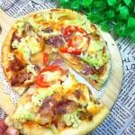 花菜腊肠披萨