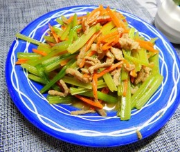 水芹菜炒肉丝