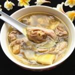 猪肚煲土鸡汤