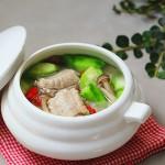 丝瓜菌菇排骨汤