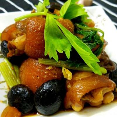 香菇猪手煲