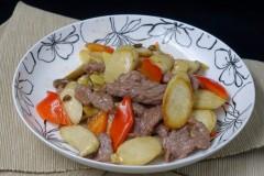 杏鲍菇炒牦牛肉
