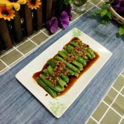 调汁煮豌豆