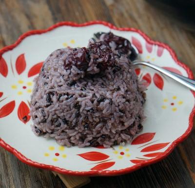 黑米红枣饭