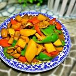 土豆胡蘿卜燉雞肉