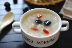 黑枣莲子粥