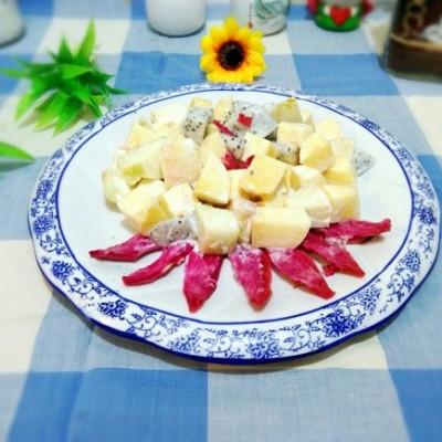 加奶水果沙拉