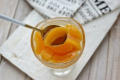 黄桃罐头#盛夏餐桌#