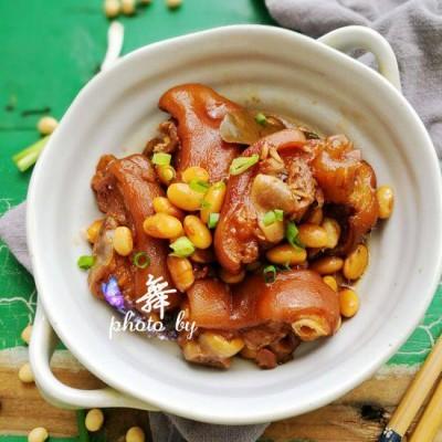 #盛夏餐桌# 黄豆焖猪