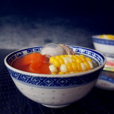玉米胡萝卜猪骨汤