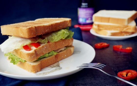 烤猪肉三明治