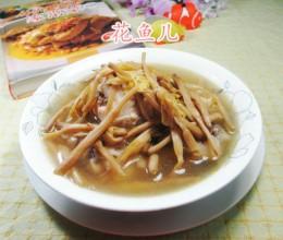 黄花菜鸡腿汤