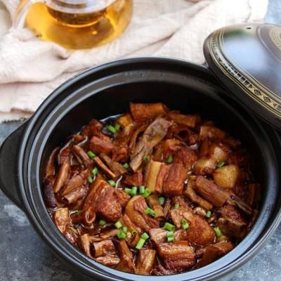香菇笋干炖肉