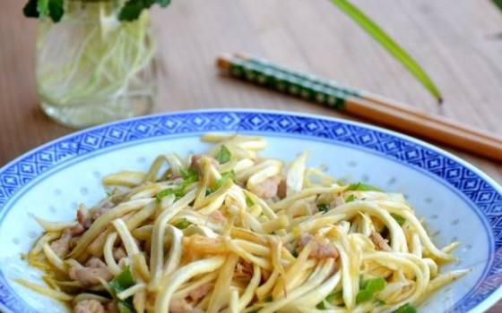 茭白青椒炒肉丝