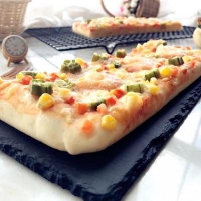 秋葵蝦仁披薩