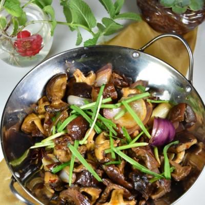 香菇烩腊猪肚
